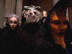 Moon mask from eyes wide shut Eyes Wide Shut, Dark House, Circus Performers, Cult Movies, Films, Film Inspiration, Venetian Masks, Stanley Kubrick, Masquerade Ball
