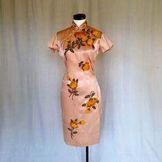 Jahrgang 1940er Jahre Perlen Cheongsam Kleid / / von ResidentNest