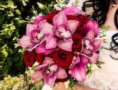 Svatební kytice 54 Floral Wreath, Wreaths, Decor, Floral Crown, Decoration, Door Wreaths, Deco Mesh Wreaths, Decorating, Floral Arrangements