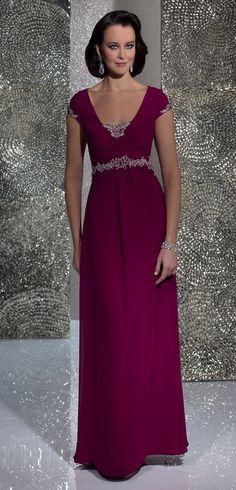 Isabel de Mestre - Evenings Abendkleider Kollektion 2016 (Art.15E019): Langes Abendkleid ideal für Hochzeiten.