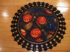 Aunt Roo's HALLOWEEN Jack-o-Lantern fabric doilyreverse by auntroo