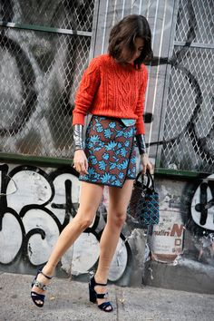 themanrepeller: Style hack: button your skirt the wrong way to create the illusion of symmetry. MORE SHOPPING TIPS HERE.