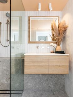 Shannon and Simon Vos reveal the three need to know aspects of bathroom renovations as they transform a tiny bathroom in Shannon's Cronulla home. Diy Bathroom Decor, Bathroom Renos, Bathroom Layout, Bathroom Interior Design, Bathroom Renovations, Bathroom Ideas, Bathroom Inspo, Restroom Ideas, Restroom Remodel