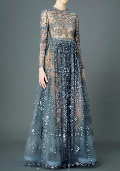 Fashion-runways: VALENTINO Pre-Fall 2015