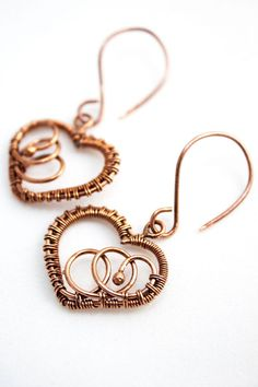 Sune - handmade heart wire wrapped cooper earings