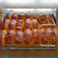 Hot Dog Buns, Hot Dogs, Ciabatta, Food To Make, Muffin, Bread, Recipes, Brot, Recipies