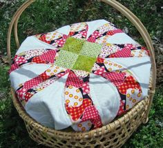 **I love this idea! There are patterns and directions for making the cover. This is much more how I imagined the picnic basket part of the wedding I want.