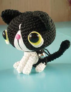 CROCHETORIUM. Вязаные игрушки.: идея № 15. символ года - кот.  #crochet #crochet_cat