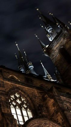 ♥ Church of Our Lady before Tyn, Prague, Czech Republic.. I'm expecting gargoyles to come down from there