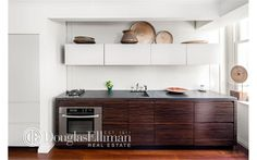 Condo for sale in Financial District, Manhattan for $800,000, 2 rooms, studio, 1 bath, 578 ft²