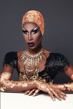 Shea Coulee ❤️ RuPaul's Drag Race season 9/ pretty much the most professional queen left on season 9