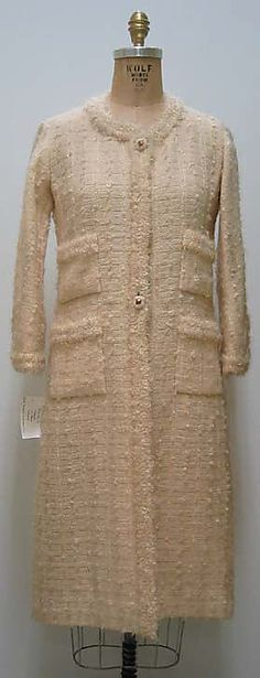 """House of Chanel (French, founded 1913)  Designer: Gabrielle """"Coco"""" Chanel (French, Saumur 1883–1971 Paris) Date: ca. 1964"""