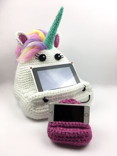 Due to popularity of my Crochet Book/Tablet Holder Patterns (Series includes an Owl, Frog, Unicorn and other designs) I've decided to create a FREE mini version of this crochet pattern for mobile/c…