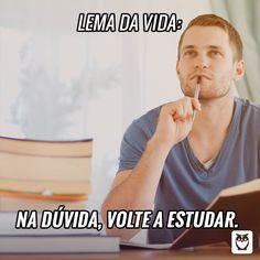 Men Quotes, Funny Quotes, Life Quotes, Funny Memes, Humor Quotes, Funny Cartoons, Funny Comics, Portuguese Quotes, Dark Jokes