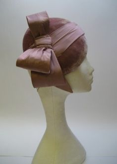 Beret style Cocktail hat with Asymmetric bow detail