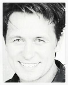 Van mooie jongen naar mooie man! Mark Owen