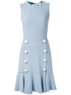 ¡Consigue este tipo de vestido informal de Dolce & Gabbana ahora! Haz clic para ver los detalles. Envíos gratis a toda España. Dolce & Gabbana - Button Detail Dress - Women - Polyester/Spandex/Elastane/Acetate/Viscose - 46: Craft a laid-back, athletic look with this Dolce & Gabbana pale blue dress from Spring/Summer 2017 collection. Crafted in Italy, this reworked basic is elevated with a dropped waist and two sets of white buttons flanking each side, plus the same buttons to the…