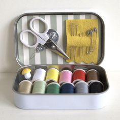 a sewing kit or first aid kit, what a great idea for Operation Christmas Child shoeboxes! Operation Christmas Child Shoebox, Tin Can Crafts, Geek Crafts, Mint Tins, Altered Tins, Altoids Tins, Thinking Day, Sewing For Beginners, Embroidery Kits
