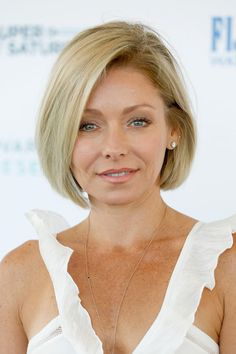 Kelly Ripa Bob - Short Hairstyles Lookbook - StyleBistro