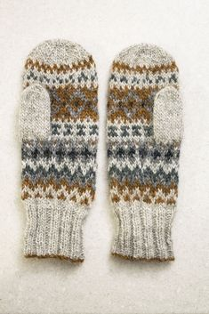 kashewnut's Emergency Mittens - handschuhe sitricken Fingerless Mittens, Knit Mittens, Knitted Hats, Fair Isle Knitting, Hand Knitting, Knitting Patterns, Hat Patterns, Loom Knitting, Stitch Patterns