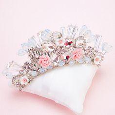 High End Crystal crown rhinestone hair combs charm floral tiara photography hair ornaments bridal wedding accessories tanxun
