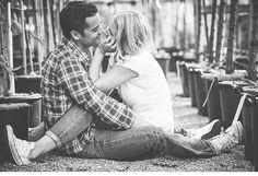 Sarah und Dennis, Liebesshooting von vergissmeinnicht - Hochzeitsguide