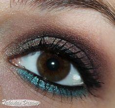 Catrice Absolute Eye Colour Mono 280 Heidi Plum,  410 C'mon Chameleon!, 490 Vanessa´s Paradise http://www.talasia.de/2013/06/14/blogparade-meine-top-3-catrice-lidschatten/