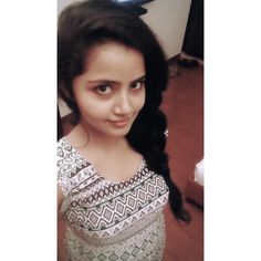 Anupama Recent selfie without makeup at home – Hot and Sexy Actress Pictures Beautiful Girl In India, Most Beautiful Indian Actress, Beautiful Women, Indian Natural Beauty, Indian Beauty Saree, Lovely Girl Image, Cute Girl Photo, Indian Girl Bikini, Indian Girls Images