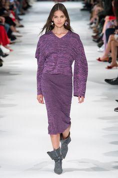 Stella McCartney Lente/Zomer 2018, gepresenteerd tijdens Parijs Fashion Week.