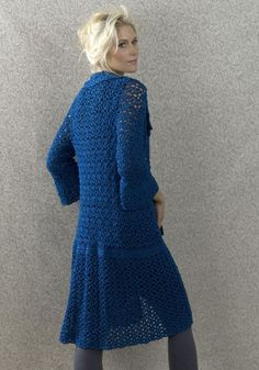 Amsterdam Coat.  free pattern from Naturally Caron site.  The site has many lovely crochet patterns (free)
