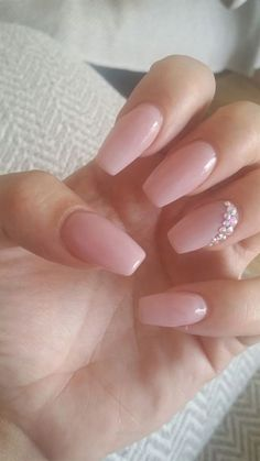 Great Nude & Glitter Wedding Nails for Brides / www.himisspuff.co… The post Nude & Glitter Wedding Nails for Brides / www.himisspuff.co…… appeared first on Nails . #WeddingNails