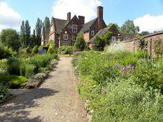 Garden - Winterbourne