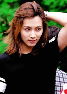 ยุน จองฮัน นักร้องชายเกาหลีที่หน้าหวานปานน้ำผึ้งเดือน 6 ตกลงถังน้ำตาลปี๊ป
