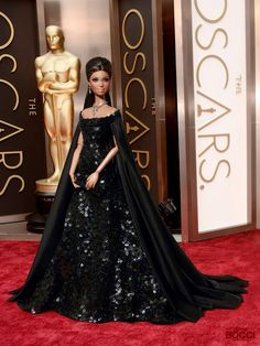 Barbie Dolls : The Oscars 2016 Barbie Gowns, Barbie Dress, Barbie Clothes, Barbie Barbie, Doll Dresses, Fashion Royalty Dolls, Fashion Dolls, Barbie Mode, Diva Dolls