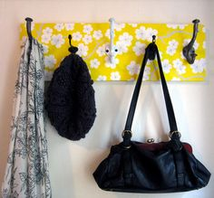 Paper coat rack