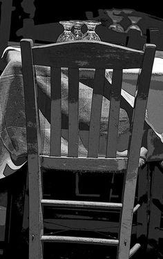 """εν πλω σημειώσεις  φωτογραφίας : """"στρωμένο τραπέζι"""" ,Μιχάλης Ματζαβίνος"""