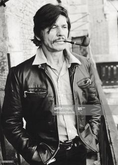 American actor Charles Bronson smoking a pipe Naples One of my dad's favorite actors. Hollywood Actor, Hollywood Stars, Classic Hollywood, People Smoking, Man Smoking, Smoking Pipes, Smoking Room, Actor Charles Bronson, Naples