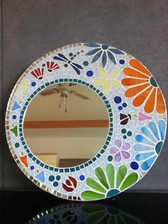love the off centered mirror Mirror Mosaic, Mosaic Diy, Mosaic Crafts, Mosaic Projects, Mosaic Glass, Mosaic Tiles, Glass Art, Diy Mirror, Mosaic Wall