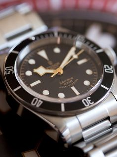 A Week On The Wrist: The New Tudor Heritage Black Bay Black Reference 79220N, By John Mayer — HODINKEE