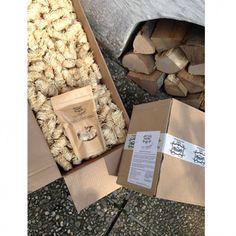 Firewood, Crafts, Campfires, Wax, Woodburning, Manualidades, Handmade Crafts, Craft, Arts And Crafts