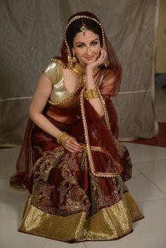 Actress Navel, Beautiful Indian Actress, Beautiful Women, Bride Portrait, Top Celebrities, Indian Beauty Saree, Bridal Wedding Dresses, Bridal Beauty, Saree Collection