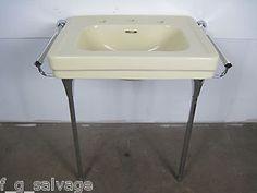 1950 American Standard U0027Roxburyu0027 Console Sink In U0027Ivoire ...