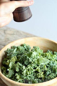 How to Prep Kale for a Salad, great kale massage techniques. | www.joyfulhealthyeats.com
