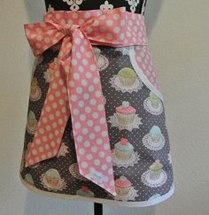 Cupcake apron with wrap around sash tie