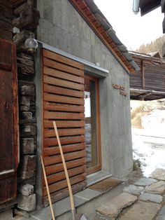chalet project Destinations, Cabin, Doors, House Styles, Projects, Home Decor, Barn, Log Projects, Blue Prints