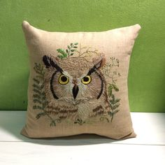 The great horned owl.Hand embroidery by Happy nature craft see more of her works  https://instagram.com/happy_nature_craft/ ://www.etsy.com/shop/Happynaturecraft?ref=hdr_shop_menu.