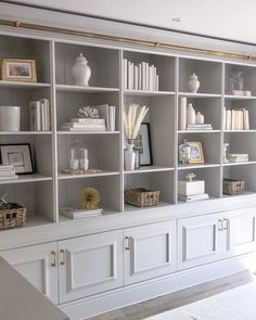 35 The Best Bookshelf Decor Ideas For Yo. - 35 The Best Bookshelf Decor Ideas For Your Living Room – Whether you have a built-in bookshelf or - Built In Shelves Living Room, White Bookshelves, Painted Bookcases, Office Bookshelves, Living Room Bookcase, Build In Bookshelves, Painted Built Ins, Home Office Shelves, Office Built Ins