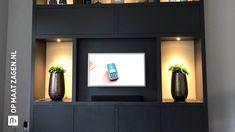 Flat Screen, New Homes, Villa, Living Room, House, Room Ideas, Atelier, Blood Plasma, Home