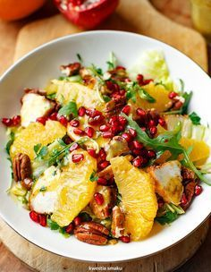 Summer classic in our house - the Peach & pistachio salad Lunch Recipes, Appetizer Recipes, Salad Recipes, Healthy Recipes, Healthy Cooking, Healthy Eating, Cooking Recipes, Work Meals, Dinner Dishes