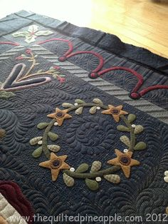 Merry Christmas Quilt.  Wool Applique
